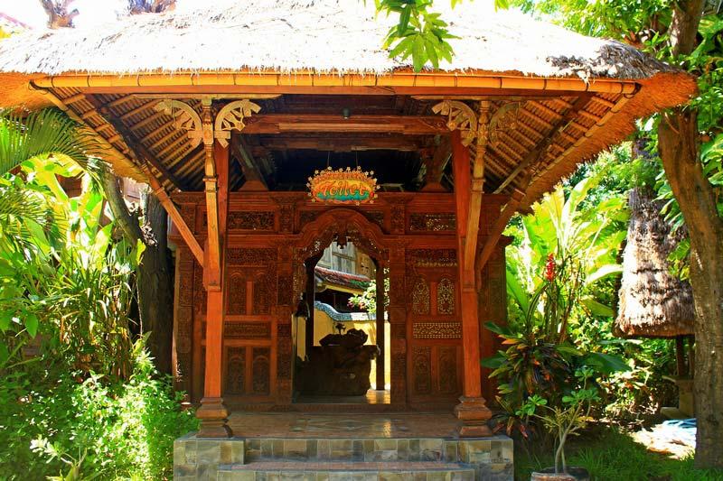 туалет на Бали