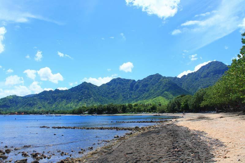 пляж Пемутерана Бали