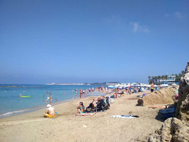 Пляж-Vrysoudia