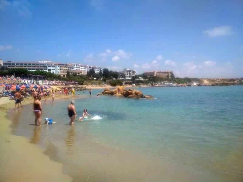 Пляж-Laourou-Beach