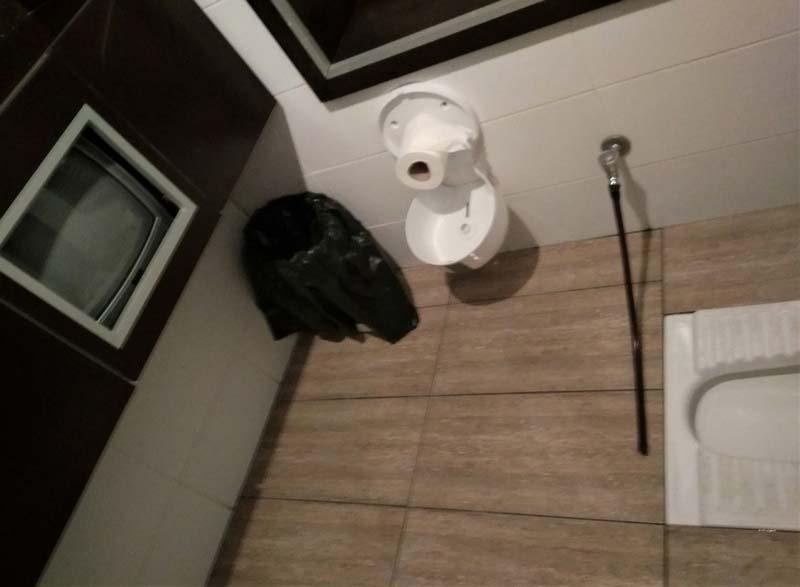 туалет с телевизором