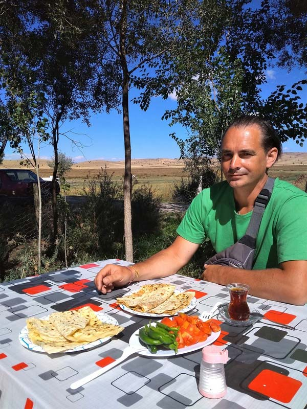 Турция-придорожное-кафе